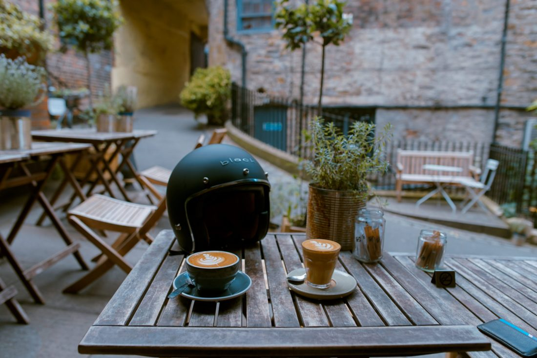 I migliori tavoli da giardino, guida e offerte 1