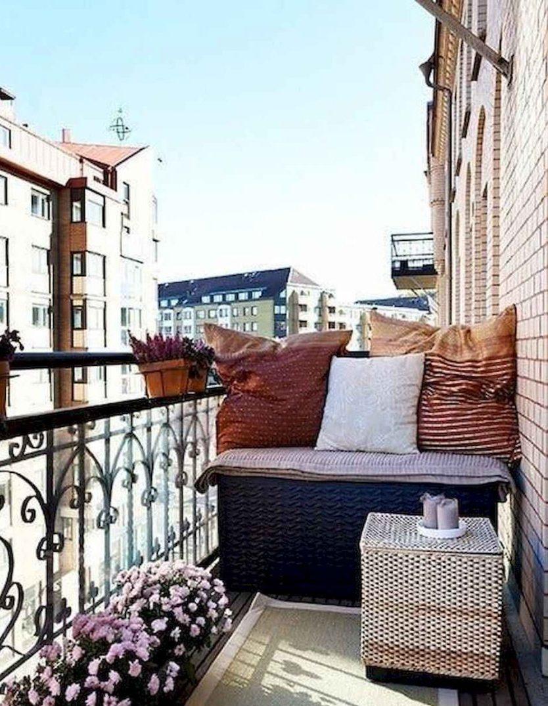 balcone stretto e lungo